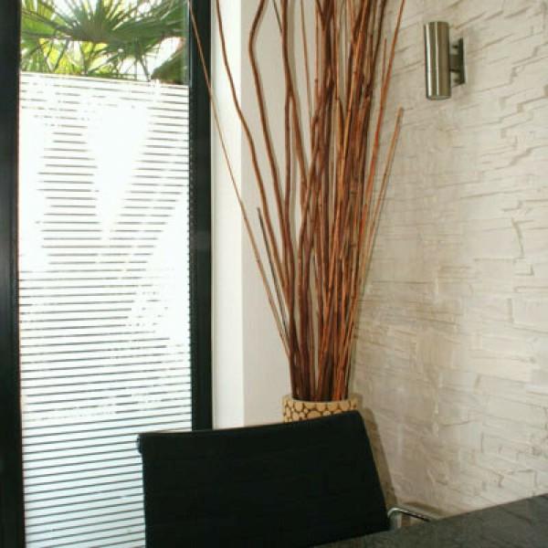 Glasdekorfolie Sichtschutz Streifen weiß matt 18 mm